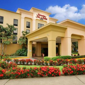 Hotel Hampton Inn and Suites