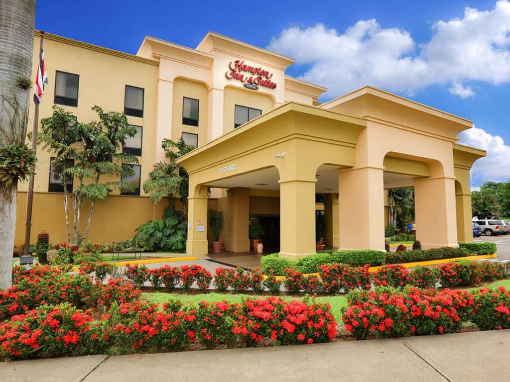 Hotel Hampton Inn and Suites